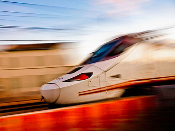Ave, trayecto en corto … Uniendo Madrid y Valencia