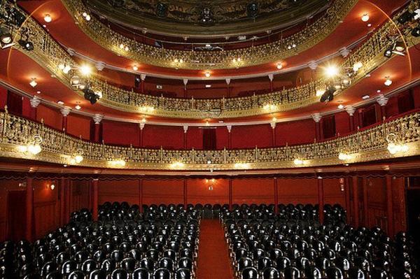 Celebra Día Mundial del Teatro en Madrid