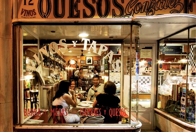 Recoletos la gastrocalle de Madrid por excelencia
