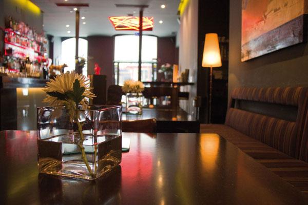 """""""La turba"""", famosa coctelería y gran restaurante"""
