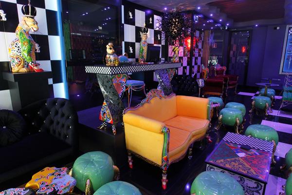 Madrid acoge el primer bar-galería del mundo dedicado al artista Thomas Hoffmann