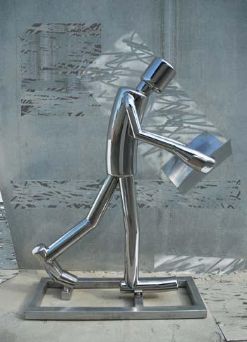 Julián Calatrava expone en una muestra gratuita en el Hotel Silken Puerta América