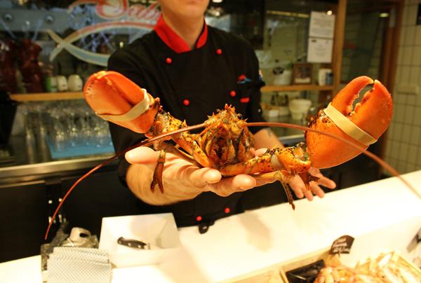 El Mercado de San Antón lanza su Navidad más gourmet