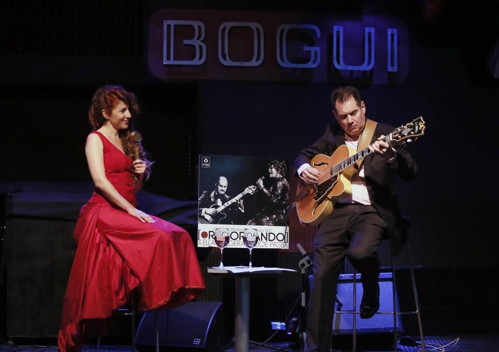 Angela Cervantes y Chema Saiz: Recordando a Ella Fitzgerald & Joe Pass en Bogui Jazz