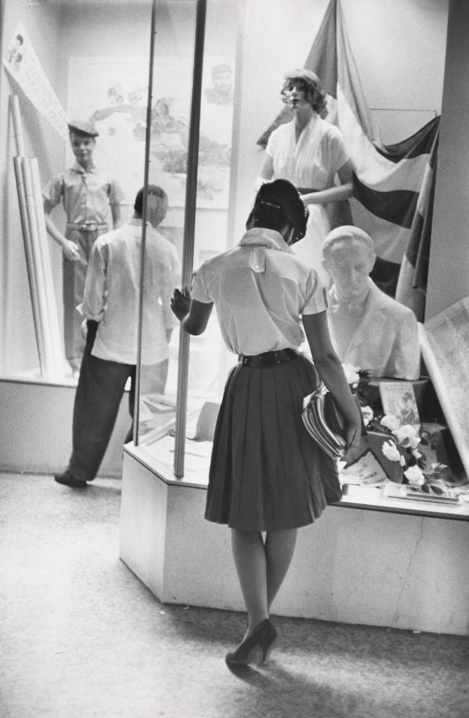 Una exposición recorre la vida del fotógrafo Henri Cartier-Bresson