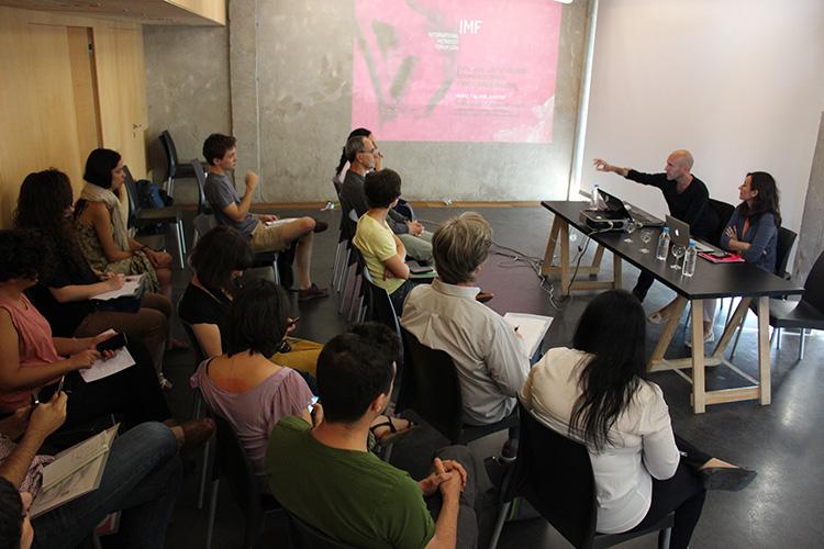 Performances y demostraciones en torno a la comunicación no verbal, la tecnología y la danza: Metabody 2014