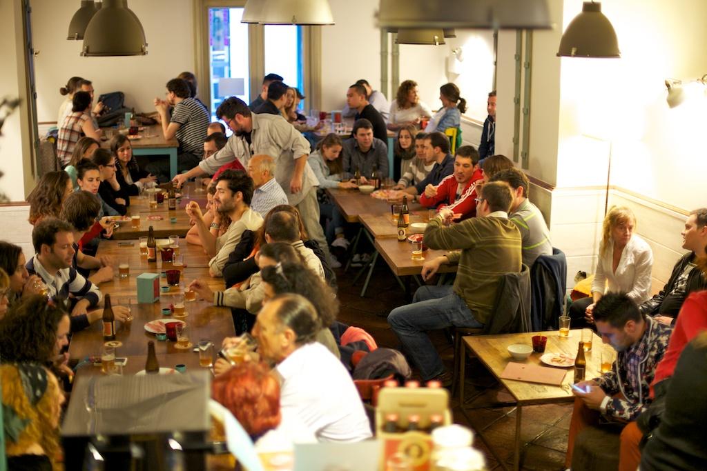 Cata de cerveza en La Colchonería de La Camarilla 2