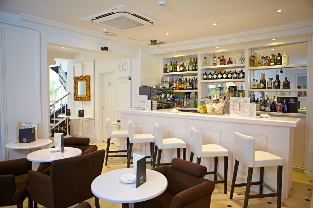 Abre sus puertas 'La Embajada', el único que alberga cuatro restaurantes en uno