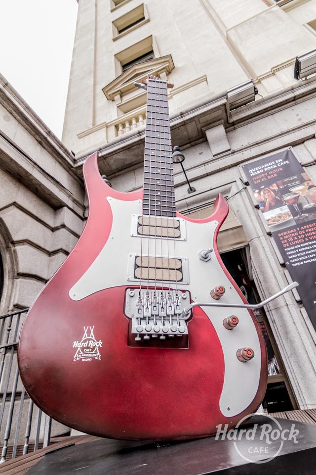 Hard Rock Café se viste de gala para celebrar sus 20 años