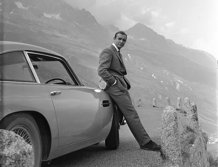 Diseñando 007: cincuenta años del estilo Bond