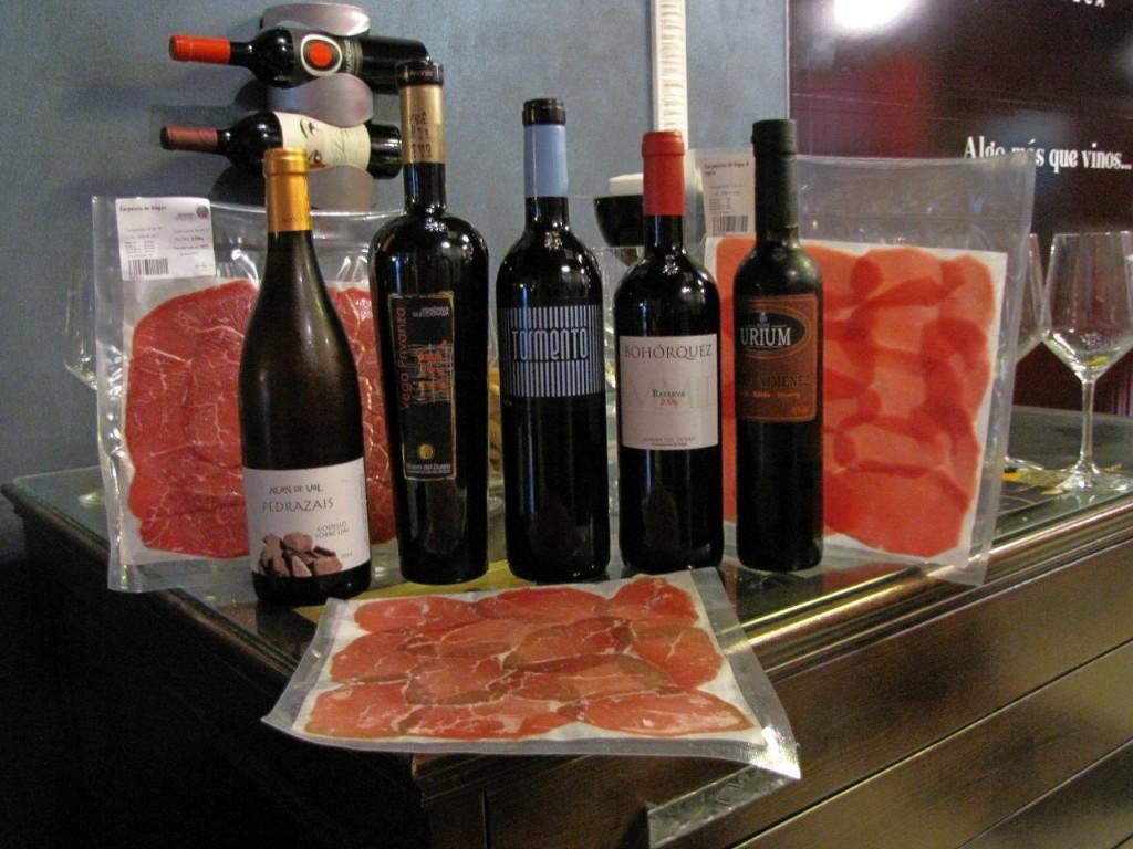 Fotos vinos y carpacho