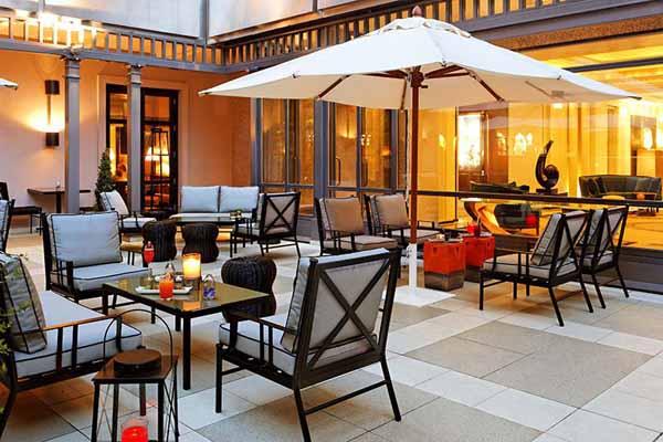 patio-magnum-hotel-villa-magna-madrid4