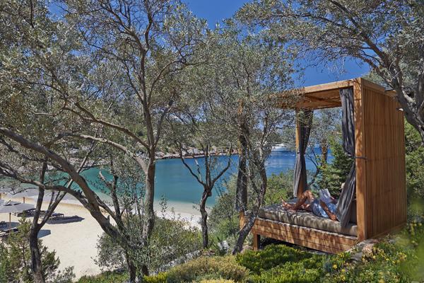 bodrum-hotel-olive-garden-and-beach-cabana