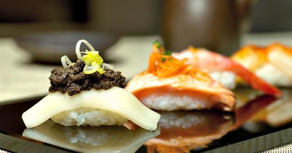 Hikari Sushi Bar2