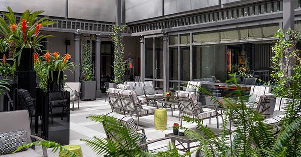 daniel-ovadia-villa-magna-patio-magnum