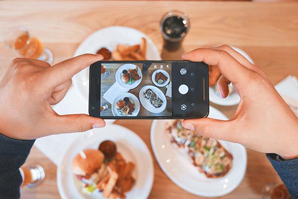 Placest, la nueva app para descubrir restaurantes recomendados por tus amigos