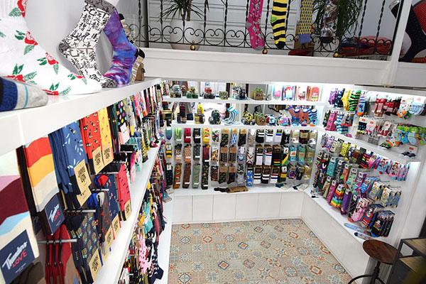 interior-socks-market-2