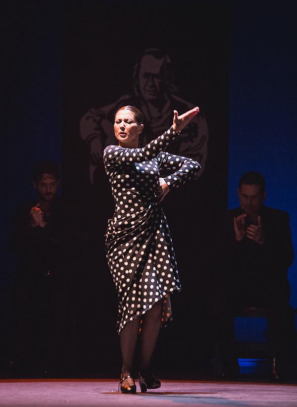 """Sara Baras: """"El directo del teatro te engancha y hoy día hace falta ese directo"""""""