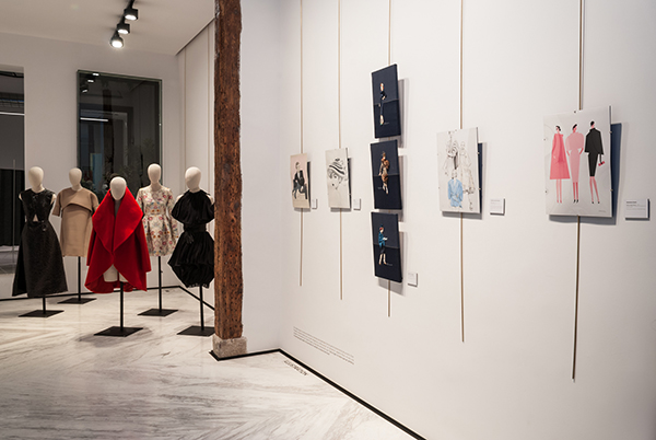 """Decodé, Cristóbal Balenciaga"". Homenaje al maestro de la moda"