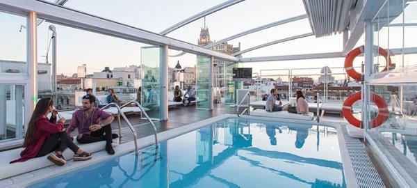 terraza room mate oscar madrid hsm