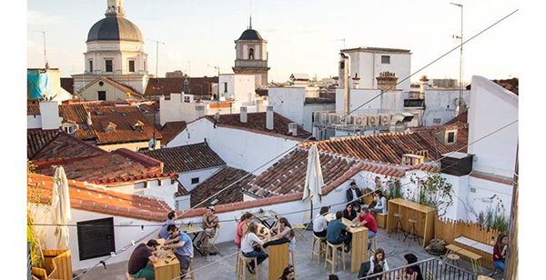 terraza the hat rooftop madrid hsm