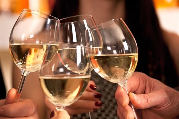 ¿Vino sin alcohol en celebraciones?